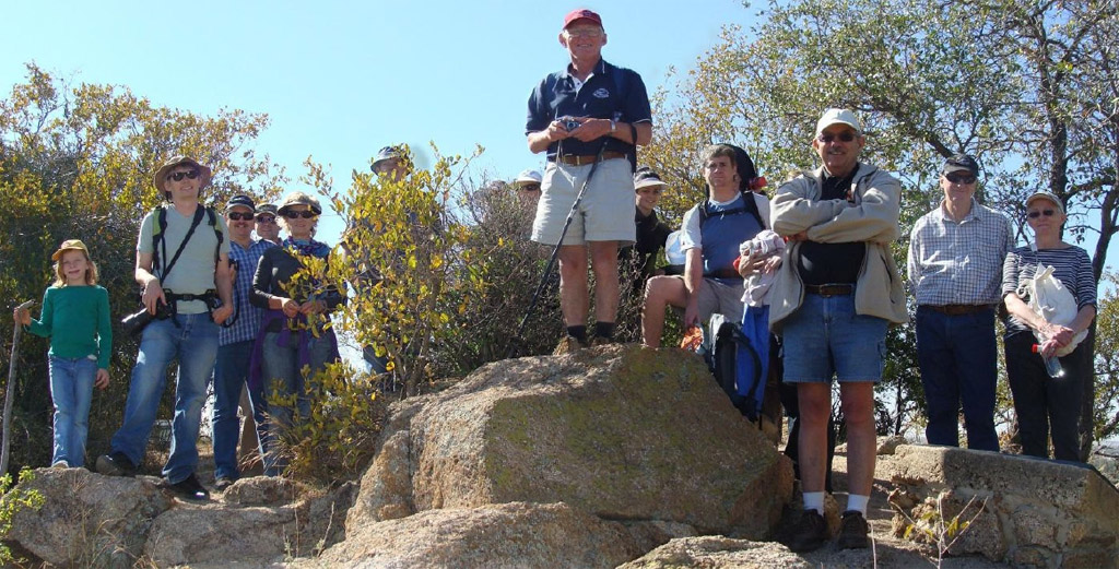 Pretoria Centre members explore Tswaing meteorite crater